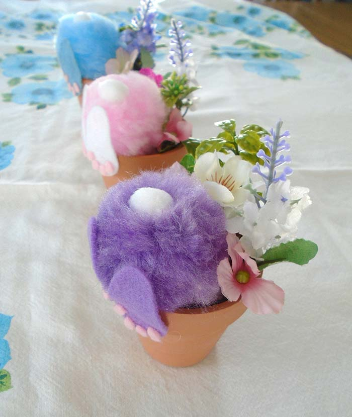 Easter Bunny Pots #easter #crafts #diy #decorhomeideas