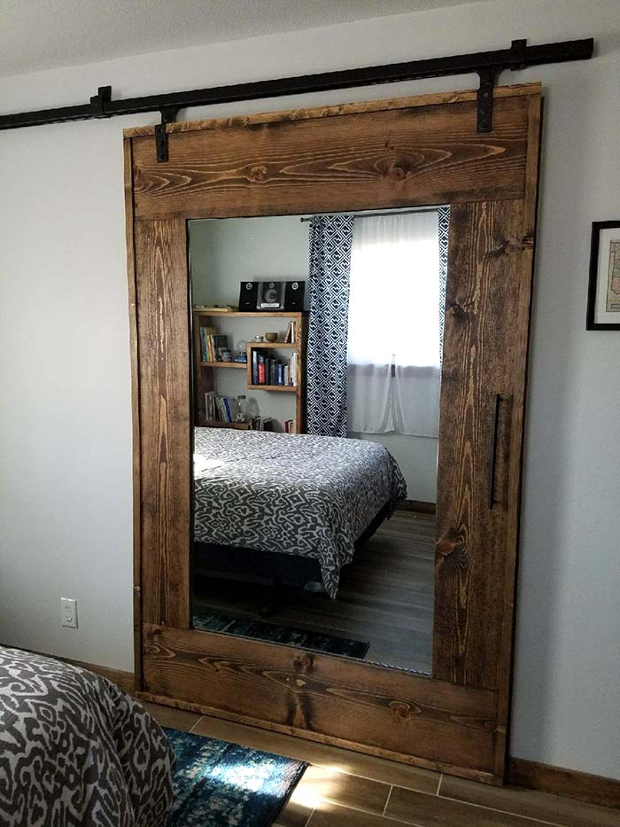 Mirror Sliding Barn Closet Door #closet #mirror #door #decorhomeideas