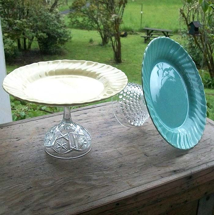DIY Cake Stand From Old Plates and Glasses #repurpose #reuse #kitchen #utensil #decorhomeideas