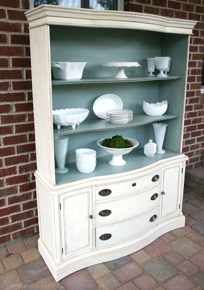 Pantry Cabinet Makeover #furniture #makeover #decorhomeideas