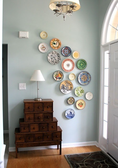DIY Wall Decoration From Plates #repurpose #reuse #kitchen #utensil #decorhomeideas