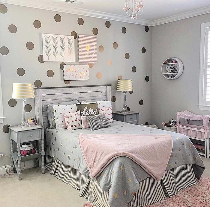 Polka Dot Wallpaper For Teenage Girl's Bedroom