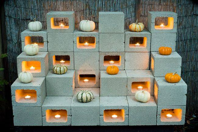 Cinder Block Fall Decoration #cinderblock #garden #decorhomeideas
