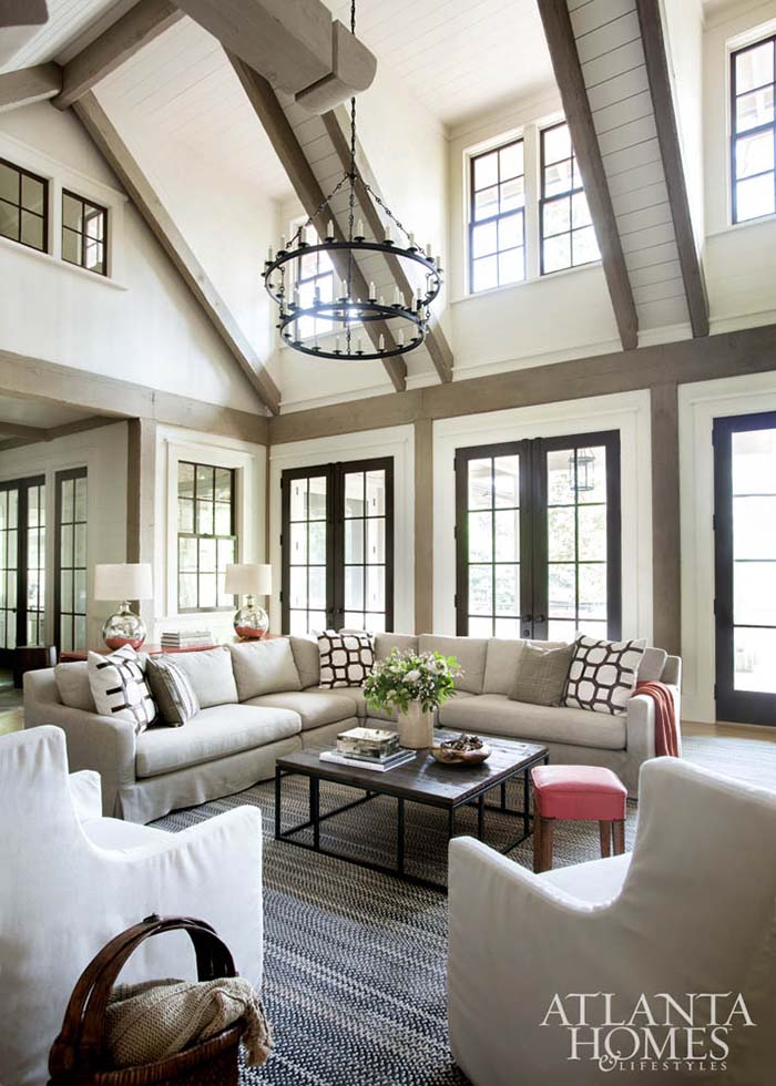 High Vaulted Ceiling Living Room #ceiling #livingroom #vaulted #decorhomeideas