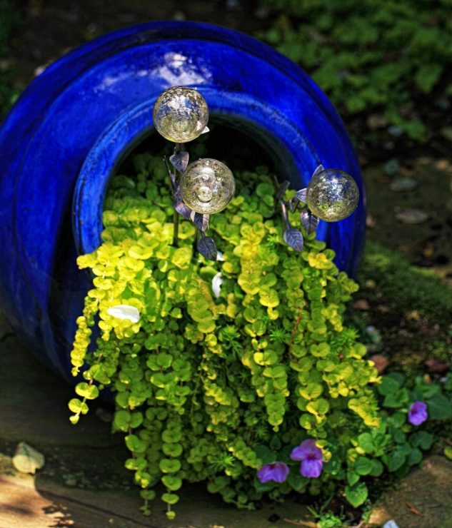Spilled Flower Pot Painted In Blue #garden #decorhomeideas