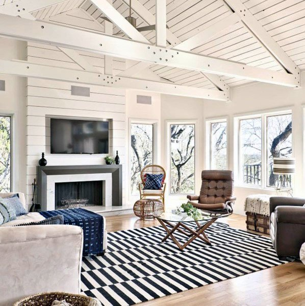 White Wood Beams Vaulted Ceiling Living Room #ceiling #livingroom #vaulted #decorhomeideas