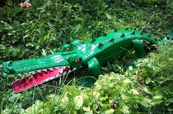 Crocodile From Old Tire Garden Decor #garden #oldtires #decorhomeideas