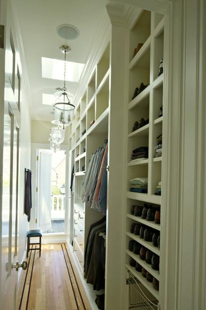 Narrow Walk In Closet Design #closet #storage #decorhomeideas