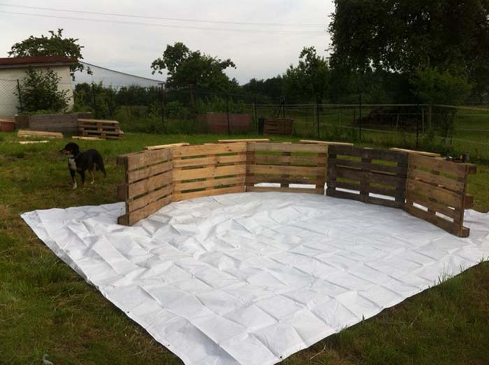 Swimming Pool Made Out Of Pallets Step 1