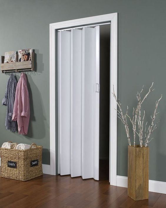 Vinyl Accordion Closet Door Alternative #closet #doors #organization #decorhomeideas