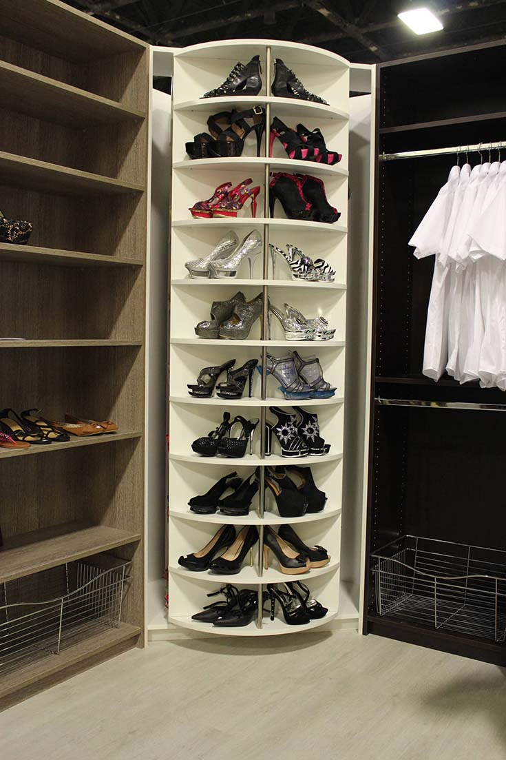 Walk In Closet With Rotating Organizer #closet #storage #decorhomeideas