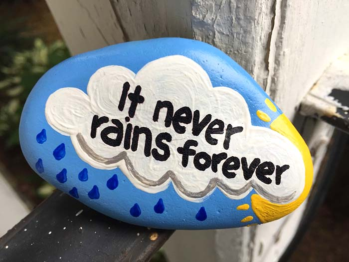 DIY Ideas of Painted Rocks with Inspirational Quotes