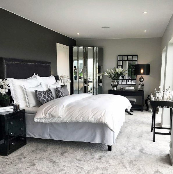 Dark Grey Silver Bedroom #bedroom #silver #decorhomeideas