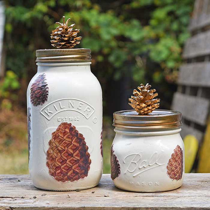 Fall Mason Jar Decor With Pinecones #falldecor #masonjar #decorhomeideas