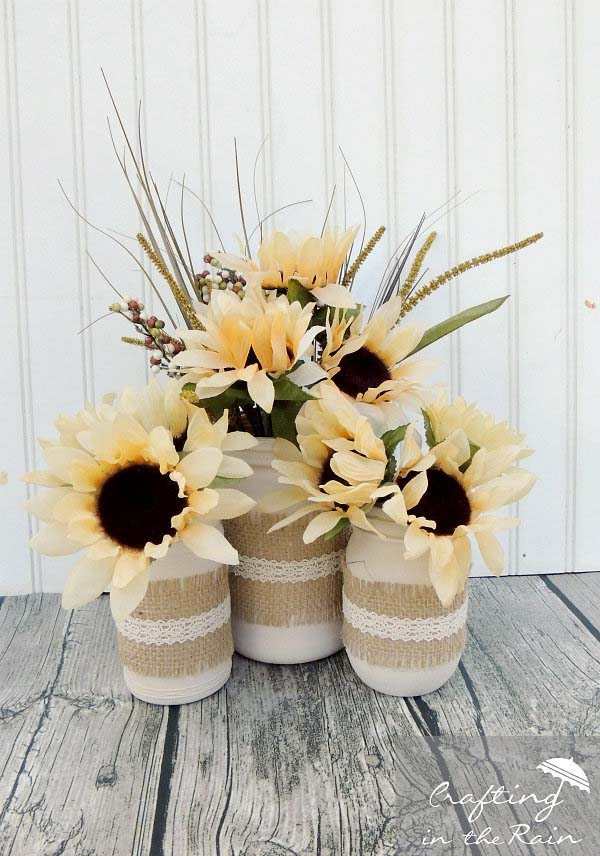Fall Sunflower Mason Jar Centerpiece #falldecor #masonjar #decorhomeideas