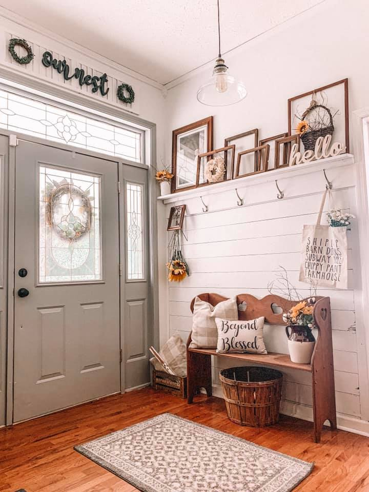 Farmhouse Renovation Entryway #farmhouse #makeover #decorhomeideas