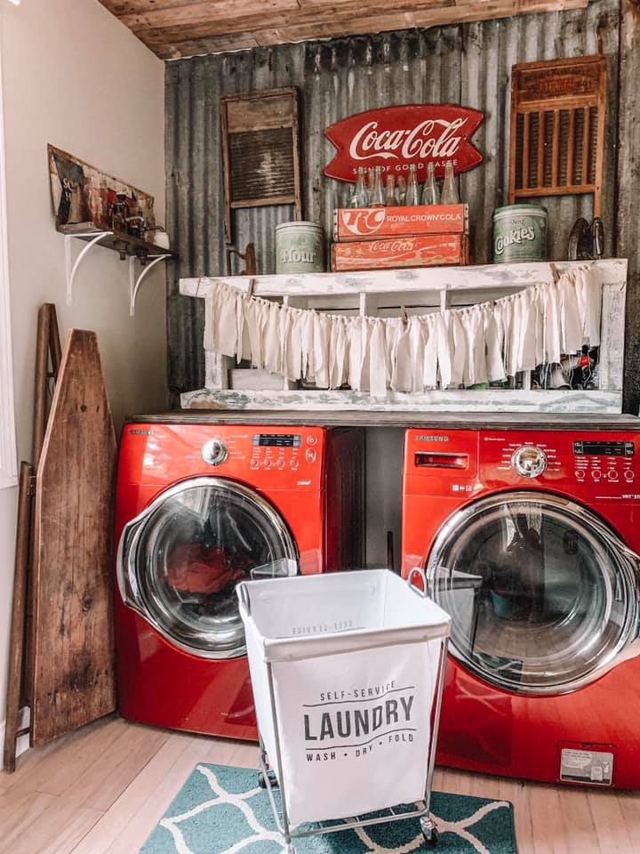 Farmhouse Renovation Laundry Room. Coca cola themed mud room with bold red washing machines #farmhouse #makeover #decorhomeideas