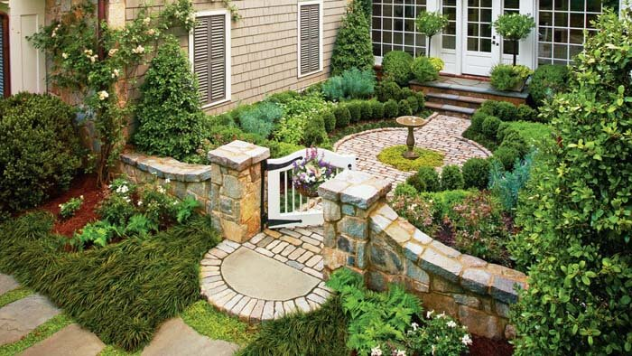 Garden Landscaping With Stone Fence #garden #landscaping #decorhomeideas