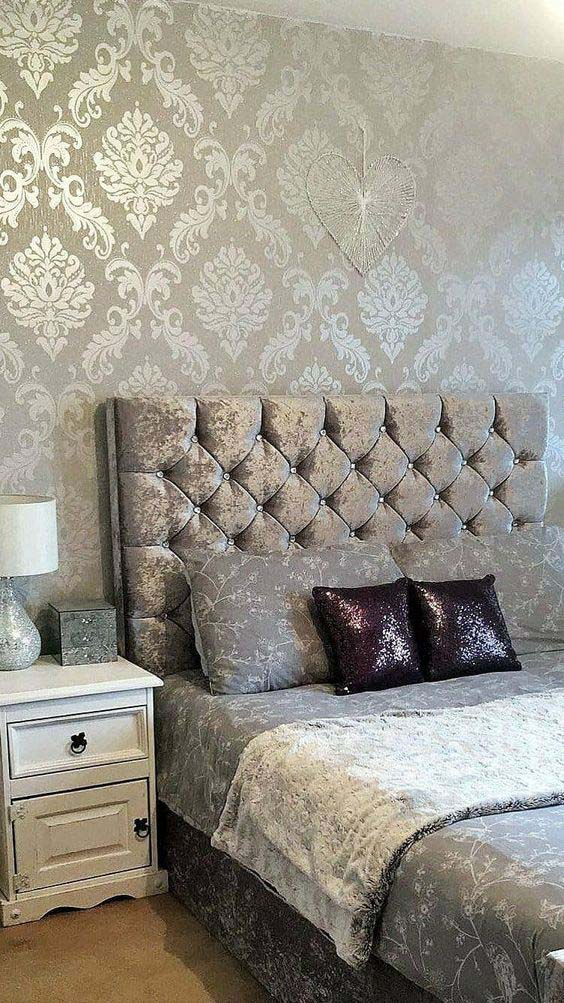 Silver Glitter Bedroom Design #bedroom #silver #decorhomeideas