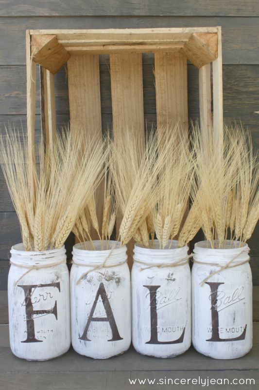 Wheat Mason Jar Fall Centerpiece #falldecor #masonjar #decorhomeideas