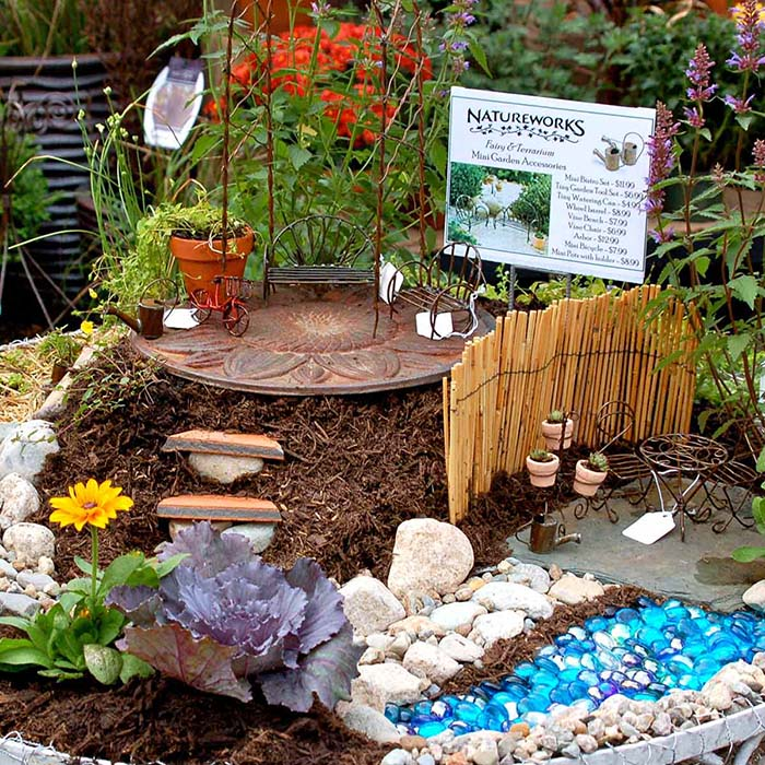 Backyard Patio Fairy Garden #fairygarden #diy #decorhomeideas
