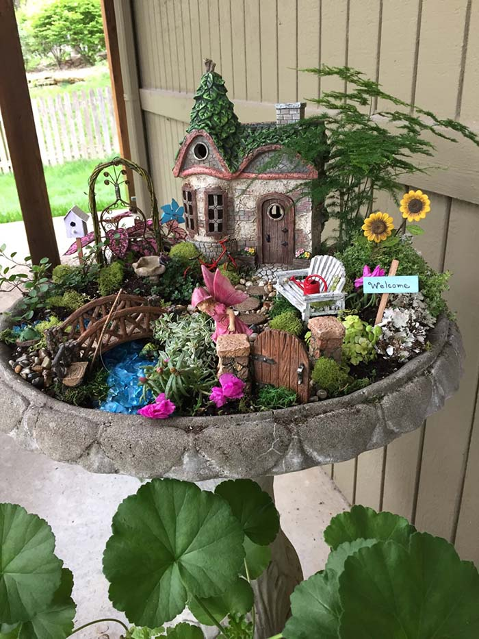 Bird Bath Fairy Garden #fairygarden #diy #decorhomeideas