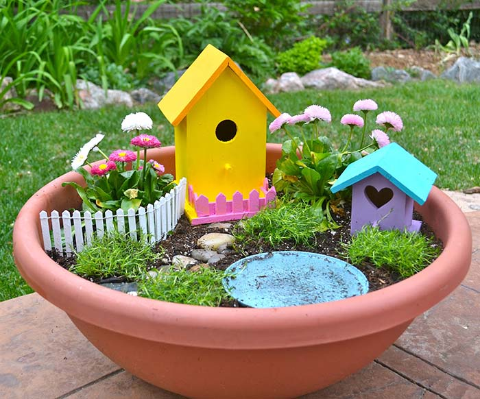 Bird House Fairy Garden #fairygarden #diy #decorhomeideas