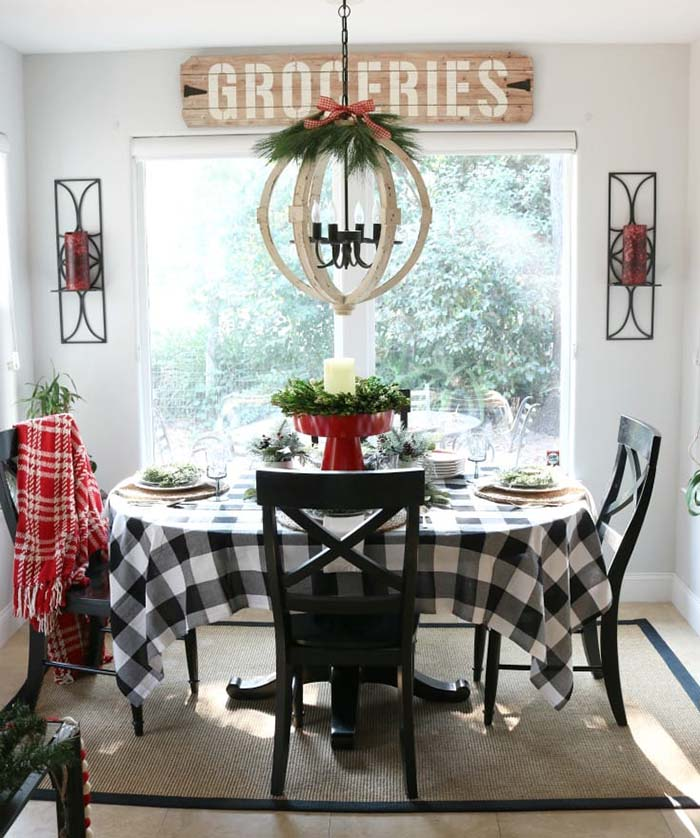 Buffalo Check Christmas Dining Room #Christmas #buffalocheck #diy #decorhomeideas
