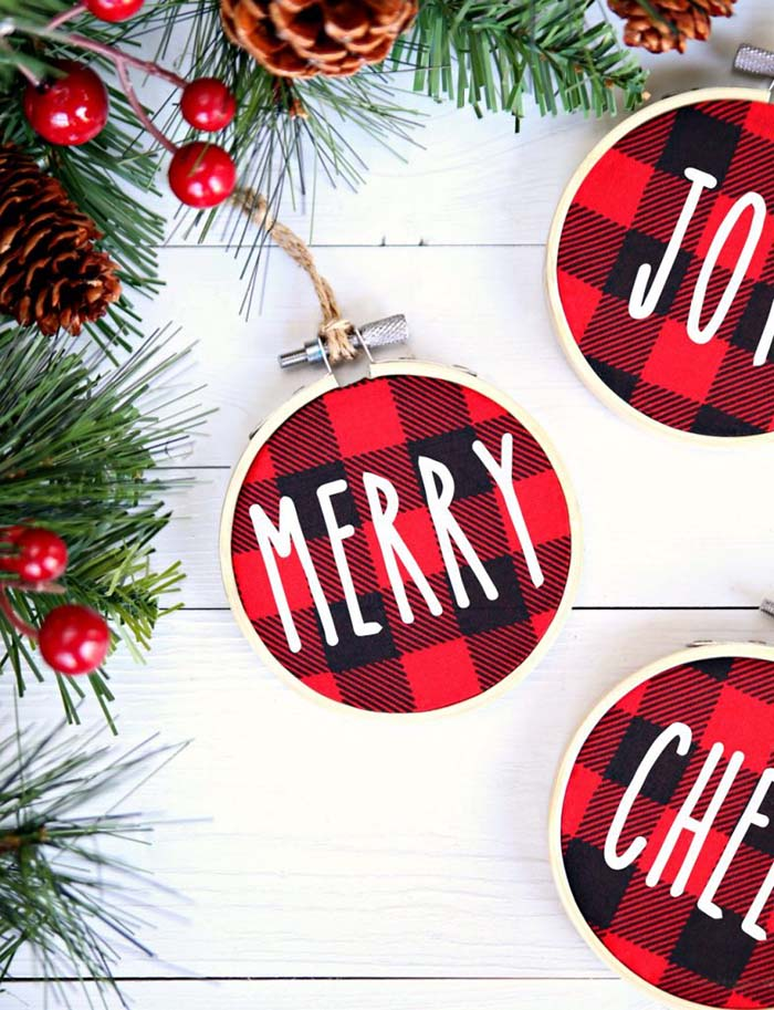 Buffalo Check Christmas Ornament Ideas #Christmas #buffalocheck #diy #decorhomeideas