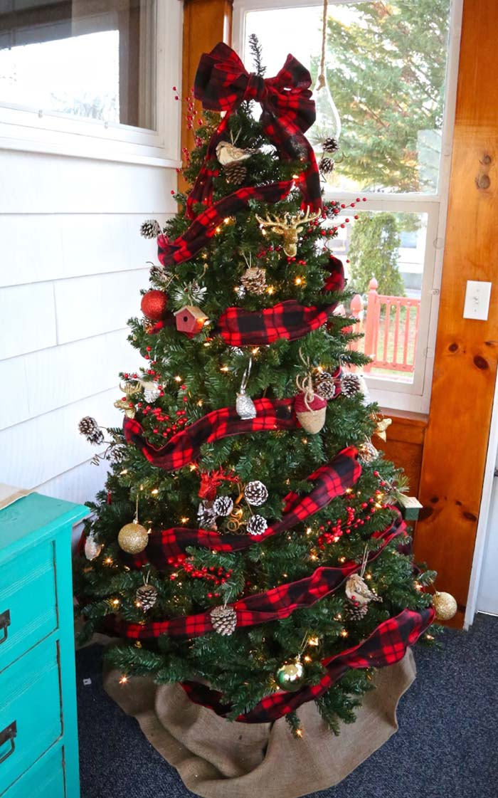 Buffalo Check Plaid Christmas Tree #Christmas #buffalocheck #diy #decorhomeideas