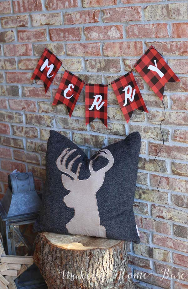 Christmas Plaid Merry Banner #Christmas #buffalocheck #diy #decorhomeideas