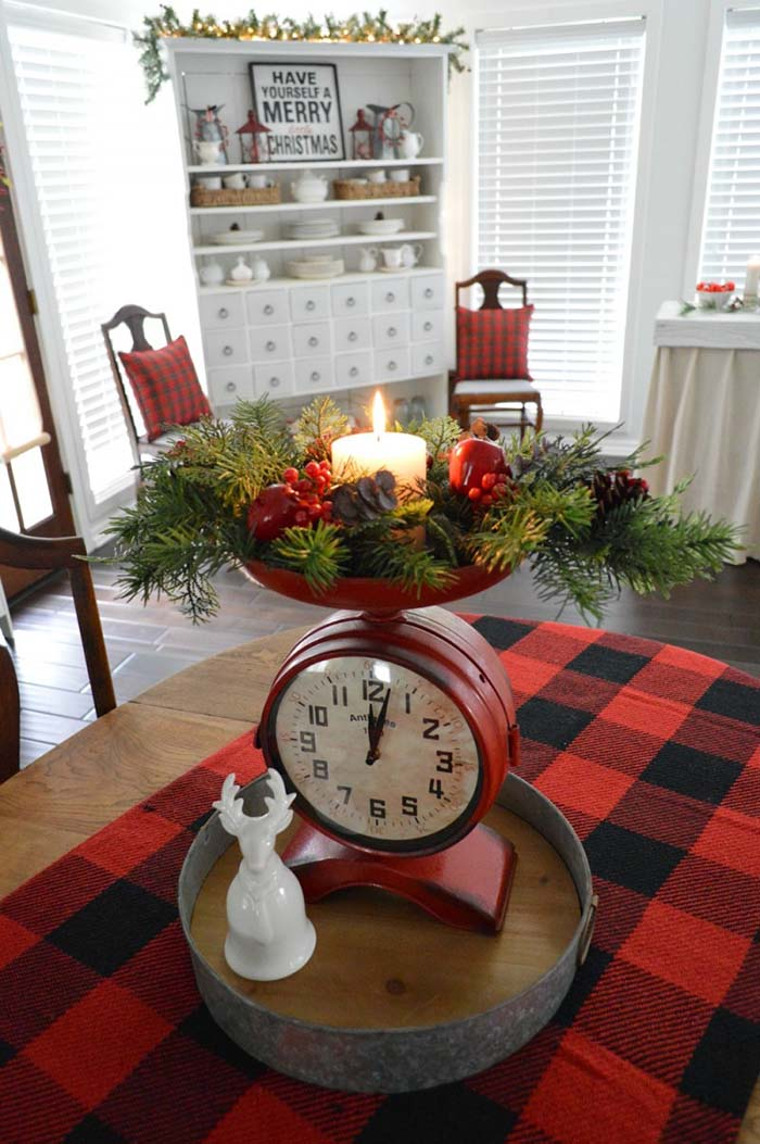 Christmas Table Decor and Buffalo Plaid Accents #Christmas #buffalocheck #diy #decorhomeideas
