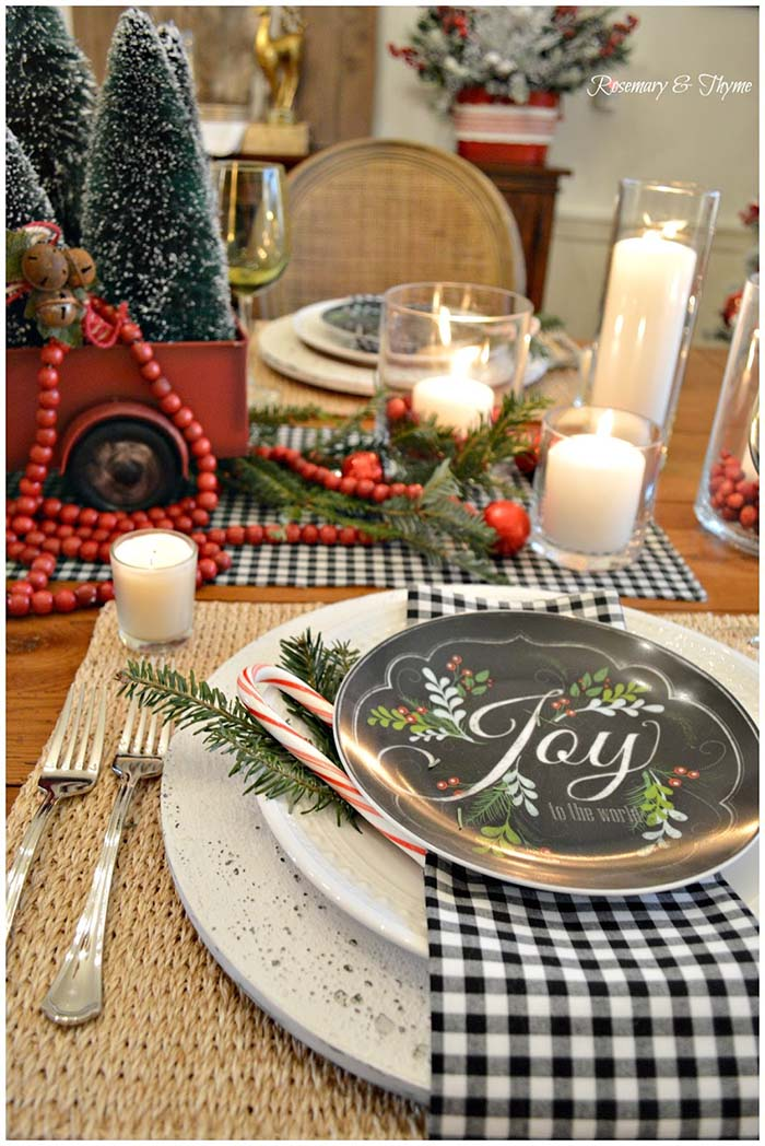 Country Farmhouse Buffalo Check Table Decor #Christmas #buffalocheck #diy #decorhomeideas