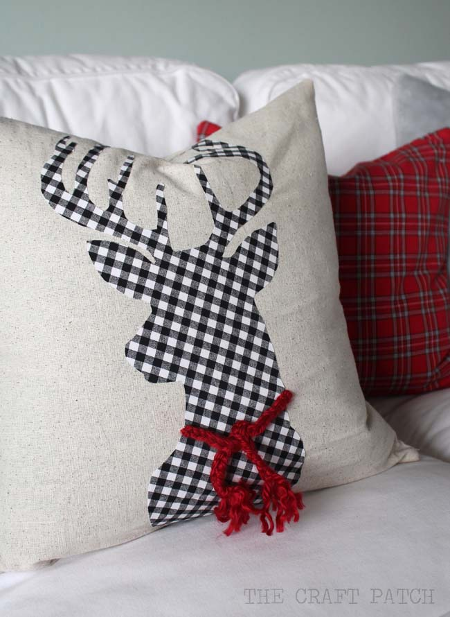 DIY Christmas Pillows #Christmas #buffalocheck #diy #decorhomeideas