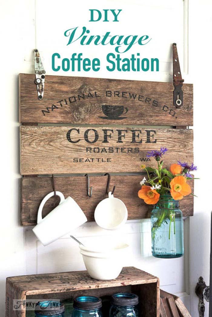 DIY Vintage Coffee Station #coffeebar #coffeestation #decorhomeideas