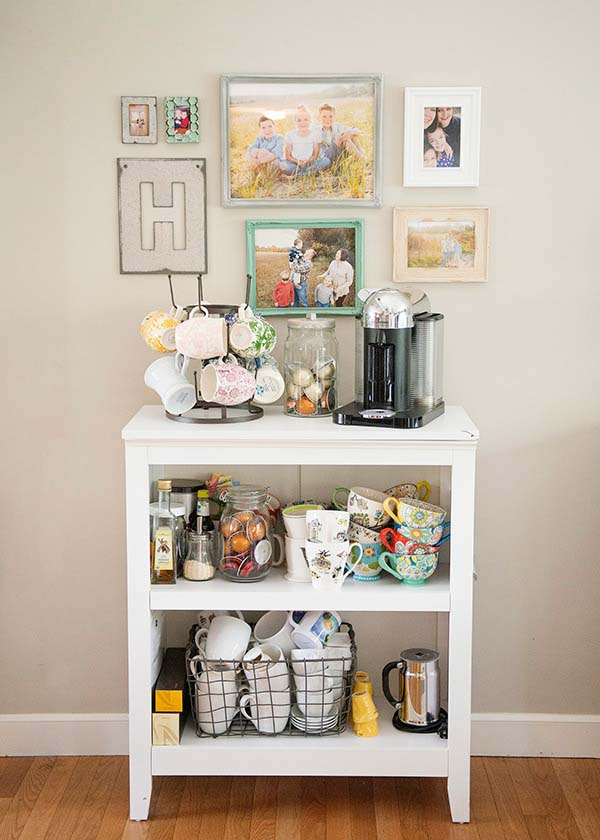 Easy Simple Coffee Station #coffeebar #coffeestation #decorhomeideas