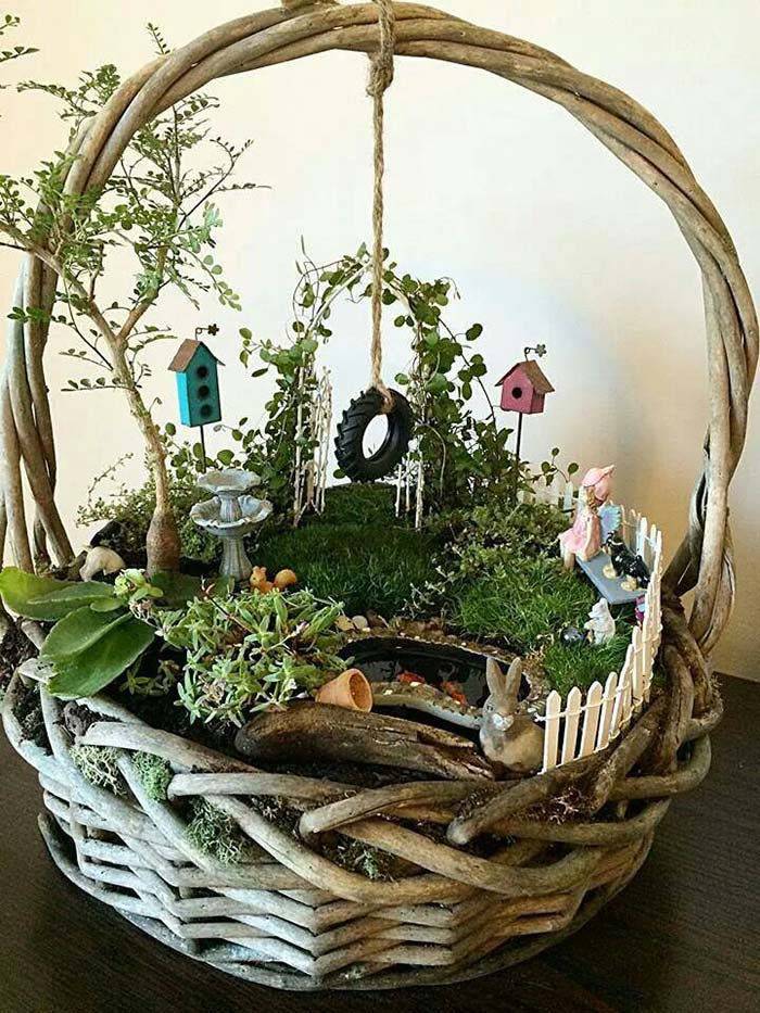 Fairy Garden In a Basket #fairygarden #diy #decorhomeideas
