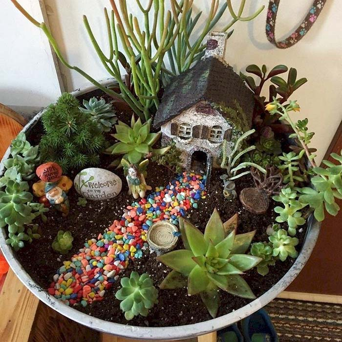Fairy Garden With Painted Rock #fairygarden #diy #decorhomeideas