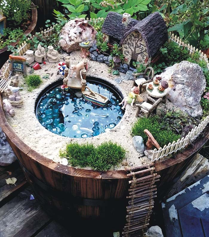 Lakeside Cottage Fairy Garden #fairygarden #diy #decorhomeideas