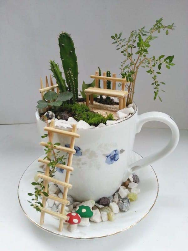 Little Cup Fairy Garden #fairygarden #diy #decorhomeideas