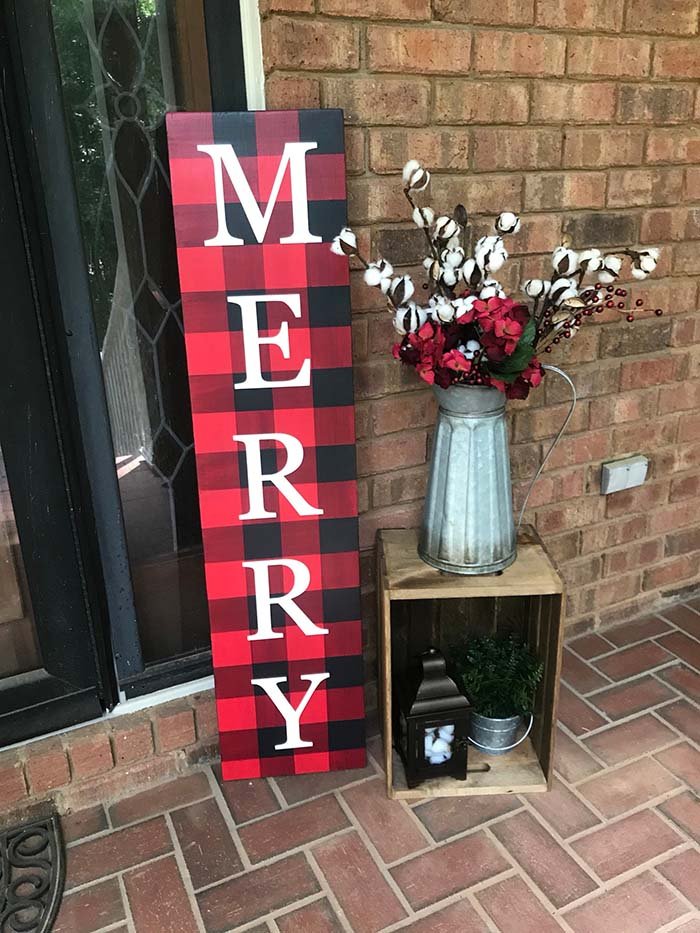 Merry Christmas Sign Front Porch #Christmas #buffalocheck #diy #decorhomeideas