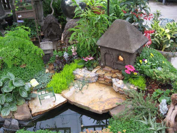 Mini Pond Fairy House Garden #fairygarden #diy #decorhomeideas