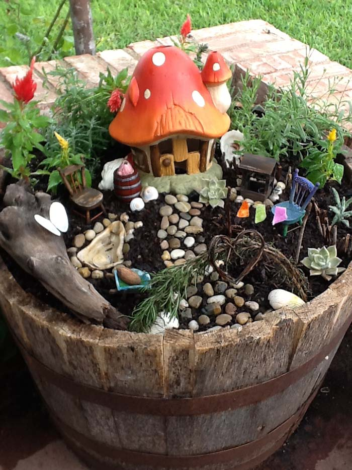 Mushroom House Fairy Garden #fairygarden #diy #decorhomeideas