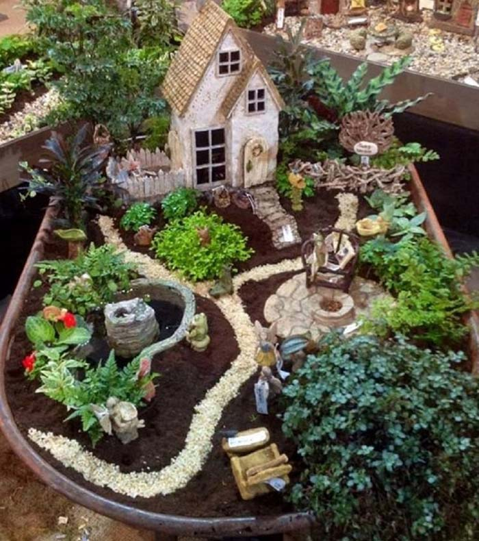 Old House Fairy Garden #fairygarden #diy #decorhomeideas