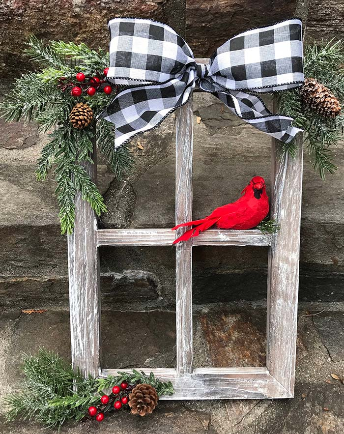 Old Window Buffalo Check Christmas Decor #Christmas #buffalocheck #diy #decorhomeideas