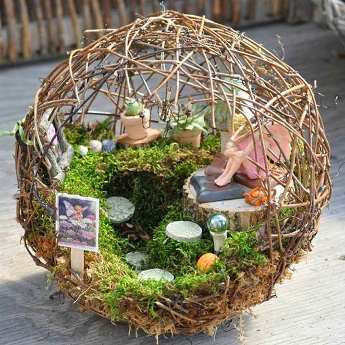 Orb Fairy Garden Ideas #fairygarden #diy #decorhomeideas
