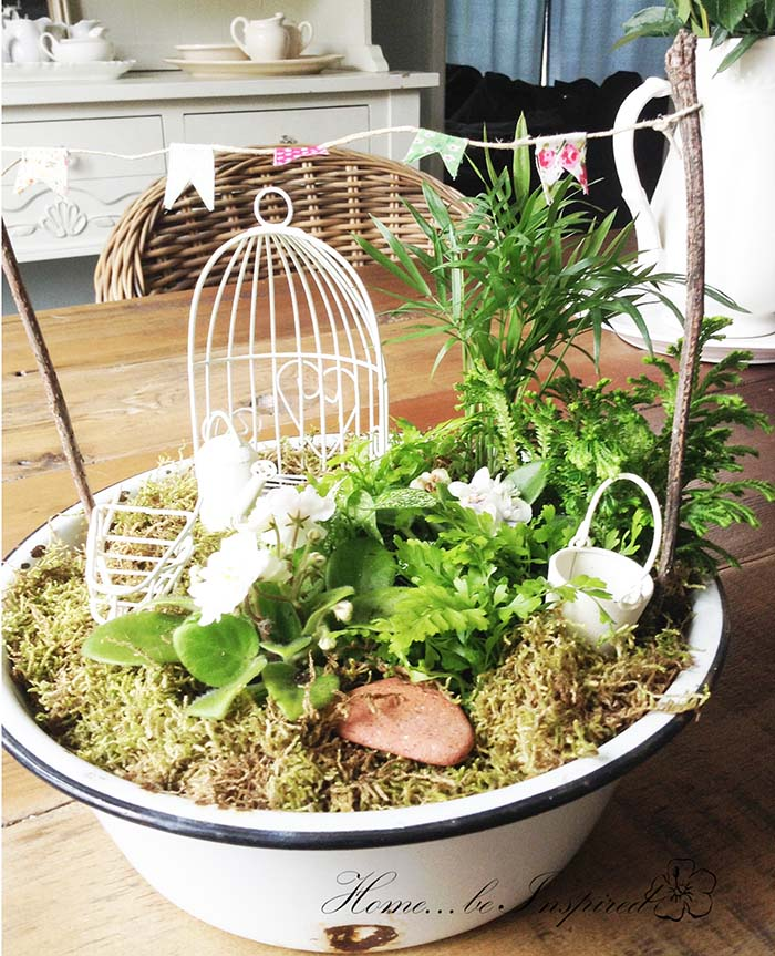 Rustic Themed Fairy Garden #fairygarden #diy #decorhomeideas