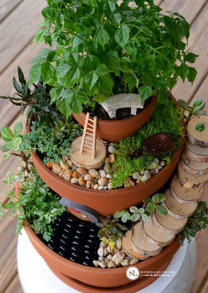 Tiered Flower Pot Fairy Garden DIY #fairygarden #diy #decorhomeideas