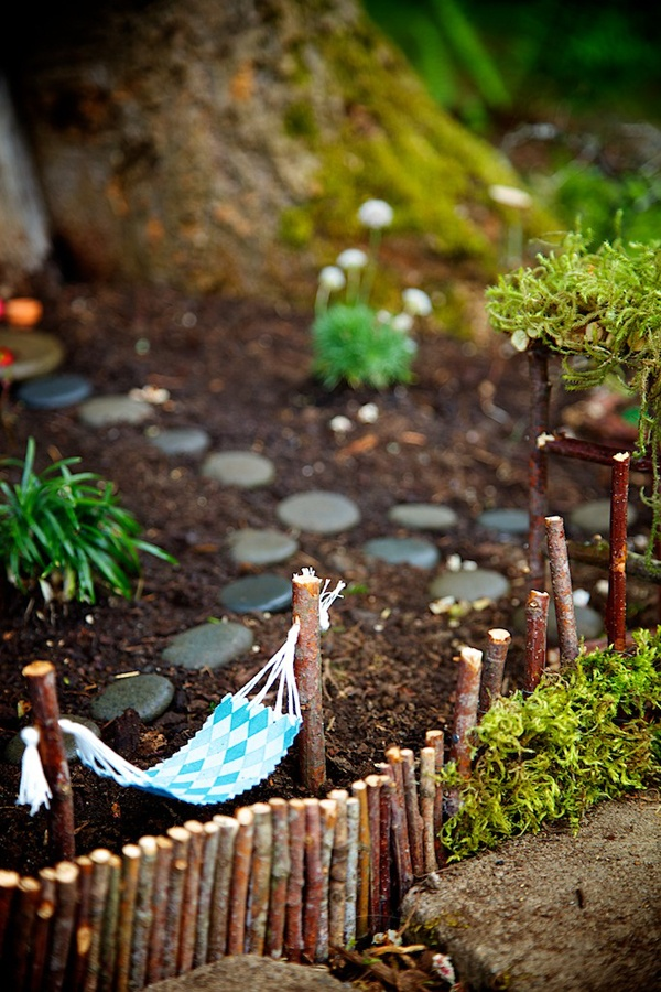 Tiny Hammock Mini Garden #fairygarden #diy #decorhomeideas