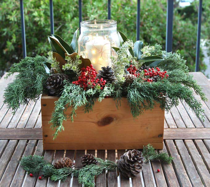 10 Minute Christmas Centerpiece #Christmas #natural #decoration #decorhomeideas